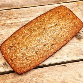 45 min in de oven op werk. Ziet er mooi uit toch?! https://healthylivingbylisette.com/healthy-living-bananenbrood